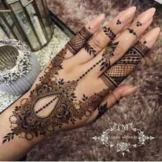 65 Fresh and Latest mehndi designs to try in 2020 Simple Mehndi Designs Fingers, Back Hand Mehndi Designs, Mehndi Designs 2018, Mehndi Designs For Beginners, Mehndi Designs For Girls, Modern Mehndi Designs, Beautiful Henna Designs, Mehandi Designs, Latest Mehndi Design Images