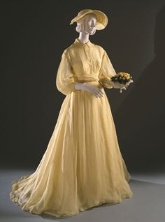 "Bridesmaid's Dress and Petticoat Worn at Grace Kelly's Wedding, Joseph Hong (American (1930-2004)), made by Priscilla of Boston (founded 1950): 19 April 1956, silk organdy over silk taffeta (in ""Sunlight)."