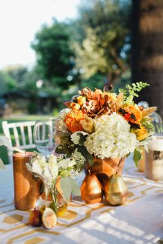 Modern Fall Wedding ::Inspired:: | Christine Farah Photography #fallwedding #centerpiece #coppercolors
