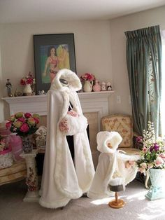 2016 New Long Wedding Cloak Bridal Winter Warm Cape White Faux Fur Cape S--XXL