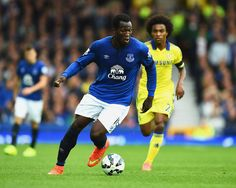 Romelu Lukaku - Everton v Chelsea August 2014 Chelsea, Football, August 2014, Running, 30th, Sports, Soccer, Hs Sports, American Football