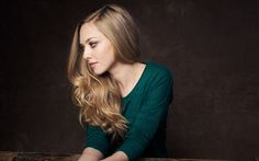 Download wallpapers Amanda Seyfried, 4k, portrait, photo shoot, american actress, green jacket