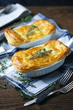 Cold days call for comforting dishes. This rich, creamy and oh-so satisfying chicken pot pie is easy enough to whip up on a weeknight thanks to frozen vegetables and puff pastry. Individual Chicken Pot Pies, Puff Pastry Recipes, Puff Pastries, Cooking For Two, Food Dishes, Pastry Dishes, Main Dishes, Chicken Recipes, Chicken Ideas