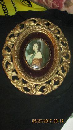 Vtg Ornate Gold Victorian Leaf Scroll by treasuretrovemarket
