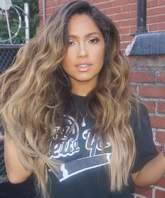 "24.3k Likes, 838 Comments - Jessica Burciaga (@jessicaburciaga) on Instagram: ""Natural Beachy waves done by me  and makeup by my friend @taniamariamua and great lighting from…"""