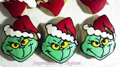 Inspirations by Thyjuan LLC.: Grinch Cookies Inspirations by Thyjuan LLC. New Years Cookies, Cookies For Kids, Fancy Cookies, Sugar Cookies, Sweet Cookies, Sweet Treats, Grinch Who Stole Christmas, Christmas Mood, Xmas