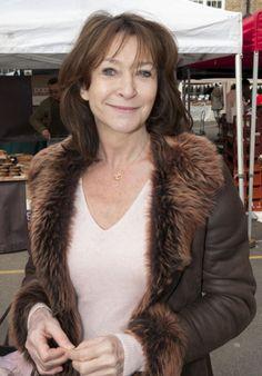 Fur Coat, Lady, Fashion, Moda, Fashion Styles, Fashion Illustrations, Fur Coats, Fur Collar Coat