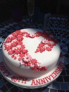 Ruby anniversary cake very pretty   effective - my favourite