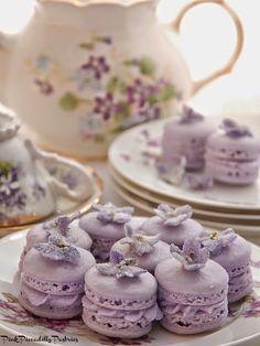 Violet Macarons for Tea! Pink Piccadilly Pastries: Violet Macarons for Tea! French Macaroons, Pink Macaroons, My Tea, High Tea, Tea Time, Sweet Treats, Dessert Recipes, Picnic Recipes, Baking Desserts