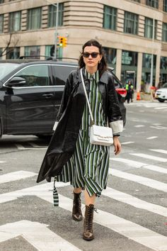 Street style fashion / fashion week #fashionweek #fashion #womensfashion #streetstyle #ootd #style / Photo: Sandra Semburg Prepping