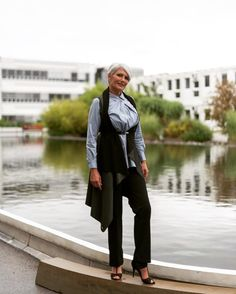 happy hump day & happy Birthday to the woman with the most beautiful white hair  @gudrun_von_moedling