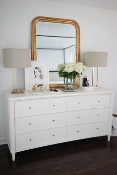 dresser decor theeverygirl_ knows that a dresser is both a place for your clothes, and the focal point of the bedroom. Bedroom Dressers, Bedroom Sets, Home Decor Bedroom, Bedroom Furniture, Diy Home Decor, Bedding Sets, Master Bedroom, Bedroom Dresser Styling, Furniture Dolly