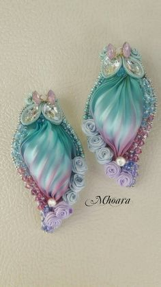 Shibori silk earrings by Mhoara
