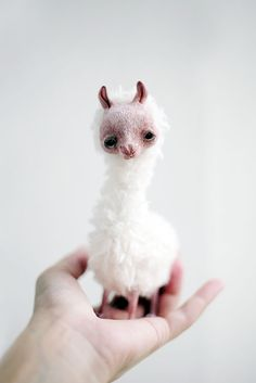 little llama by da-bu-di-bu-da.deviantart.com on @DeviantArt
