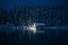 Cabin by the lake by Steve Alkok on 500px