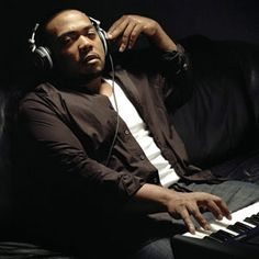 Timbaland is the new founded beat making king. before the influx of Timmo hit our air waves he was making cracking records with Missy Eliott and magoo, then Justin Timberlake blew up and everyone knows T...