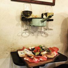 La Prosciutteria, Roma - #Trevi la Prosciutteria, mini tagliere e bianco! #aperitivo #foodies #foodporn