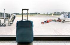 Αναρωτιέσαι ακόμα τι χειραποσκευή να πάρεις στην πτήση σου; Ψάξαμε και βρήκαμε τι πρέπει να προσέξεις για να είσαι έτοιμος με όποια εταιρεία κι αν πετάς.