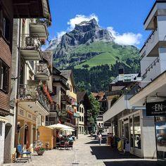 Amazing street scenes in Endelberg, Switzerland - Photo by miracolei