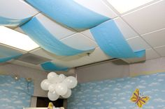 VBS Ceiling decor idea- tablecover for sky, balloon clouds. I see this down the hallways maybe. Classroom Decor Themes, Classroom Design, Classroom Displays, Classroom Organization, Balloon Clouds, Ceiling Decor, Sky Ceiling, Vacation Bible School, Weaving