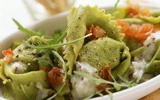 Tortellini met spinazie, gorgonzola en gerookte zalm