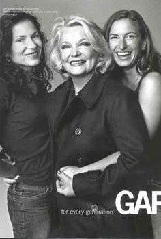 Gena Rowlands with Zoe and Alexandra Cassavetes