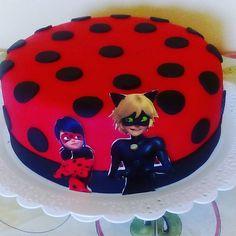 Bolo Ladybug!!! #cake #bolo #pastaamericana #miraculousladybug