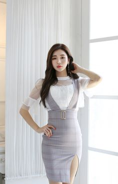 Korean Fashion – How to Dress up Korean Style – Designer Fashion Tips Cheap Party Dresses, Designer Party Dresses, Party Dresses Online, Girls Party Dress, Unique Dresses, Fashion Models, Fashion Outfits, Women's Fashion, Plus Size Fall Fashion
