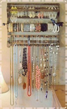 Jewellery Organiser... Great Design.