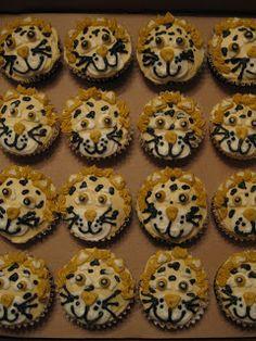 B's Cakes: Jaguar Cupcakes