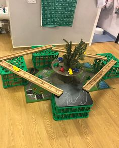 Loving this little set up using our creative crates … our old Christmas tree is proving great for … – Wooder up herebrum Maths Eyfs, Eyfs Classroom, Eyfs Activities, Nursery Activities, Creative Activities, Creative Area Eyfs, Classroom Displays, Numeracy, Early Years Maths