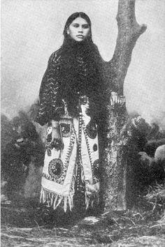 Needle Parker (a daughter of Quanah Parker) - Comanche - circa 1899. Beautiful!