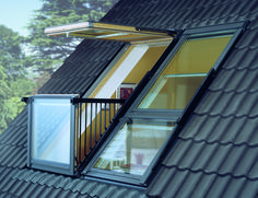 velux balcon Plus Attic Bedroom Designs, Attic Bedrooms, Attic Design, Balcony Window, Roof Window, Attic Window, Attic Loft, Loft Room, Attic Renovation