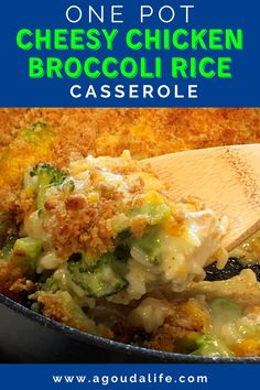 Easy, cheap and over the top good. Cheesy Chicken Broccoli Rice Casserole – cooks all in ONE POT in 30 MINUTES! Loaded with chicken, fresh broccoli and rice in a creamy, cheesy sauce finished with a crispy, buttery crushed Ritz topping. #chicken #rice #chickenandrice #broccoliricecasserole #chickenbroccoliricecasserole #chickenricecasserole #chickenandrice #onepotmeal #dinnerideas #agoudalife Chicken Divan, Cheesy Chicken, Easy One Pot Meals, Easy Dinner Recipes, Chicken Broccoli Rice Casserole, Cheesy Sauce, Fresh Broccoli, Stuffed Peppers, Gouda