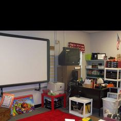 Love and could never be a functioning teacher again without my promethean board!