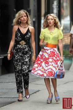 "AnnaSophia Robb and Lindsey Gort on the Set of ""Carrie Diaries"" 
