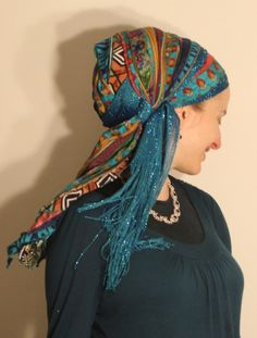 Posts about Daily Scarf Creation written by Andrea Grinberg and Naomi Rose Turban Tutorial, Head Wrap Scarf, Head Scarfs, Head Scarf Styles, Diy Scarf, Turban Style, How To Wear Scarves, African Attire, Hair Accessories For Women