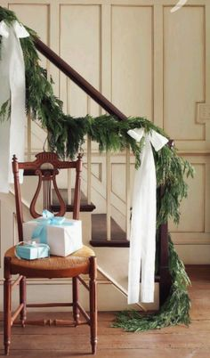 Christmas stairs decoration- my favorite kind of garland! Classy Christmas, Noel Christmas, All Things Christmas, Winter Christmas, Beautiful Christmas, Natural Christmas, Country Christmas, Vintage Christmas, Christmas Kitchen