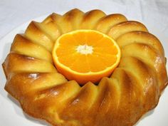 bizcocho-de-naranja-sin-azucar-entero Diabetic Recipes, Real Food Recipes, Cake Recipes, Cooking Recipes, Tortas Light, Baby Cooking, Peach Cake, Food Places, Sin Gluten