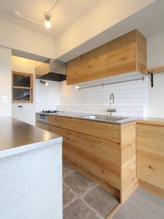 KITCHEN/counter/pantry/tile/ mortar/cupboard/キッチン/パントリー/カウンター/収納/食器棚/タイル/モルタル/リノベーション/フィールドガレージ/FieldGarage Inc.