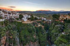 Ронда - город на скалах. Испания.