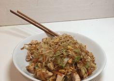 Yummy Yummy, Japchae, Chicken, Ethnic Recipes, Food, Meals, Cubs