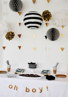 boy baby showers, color schemes, boy shower, black white, black gold, gold party, white gold, babi shower, parti