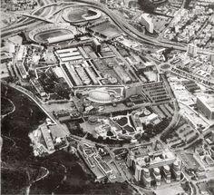 De la Casa a la Ciudad: BREVE HISTORIA DE LA CONSTRUCCIÓN Y DESTRUCCIÓN DE CARACAS