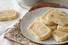 walnut cinnamon slices