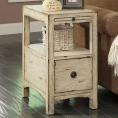 Carolina Preserves End Table