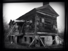 Abandoned house at old Cahawba Alabama.