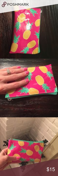 Mini plastic 🍍 zippy bag Welcome to summer! 🐠🍍🌊🍉👙 Bags Wallets