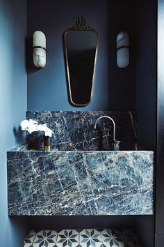 10 of the Most Exciting Bathroom Design Trends for 2019 Emily Henderson bathroom trends 2019 ~ETS - Marble Bathroom Dreams Bathroom Interior Design, Modern Interior Design, Interior Decorating, Decorating Ideas, Interior Architecture, Decorating Websites, Marble Interior, Stone Interior, Interior Design Software