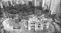 Palácio Monroe, sendo demolido, 1976. Foto: O Globo.